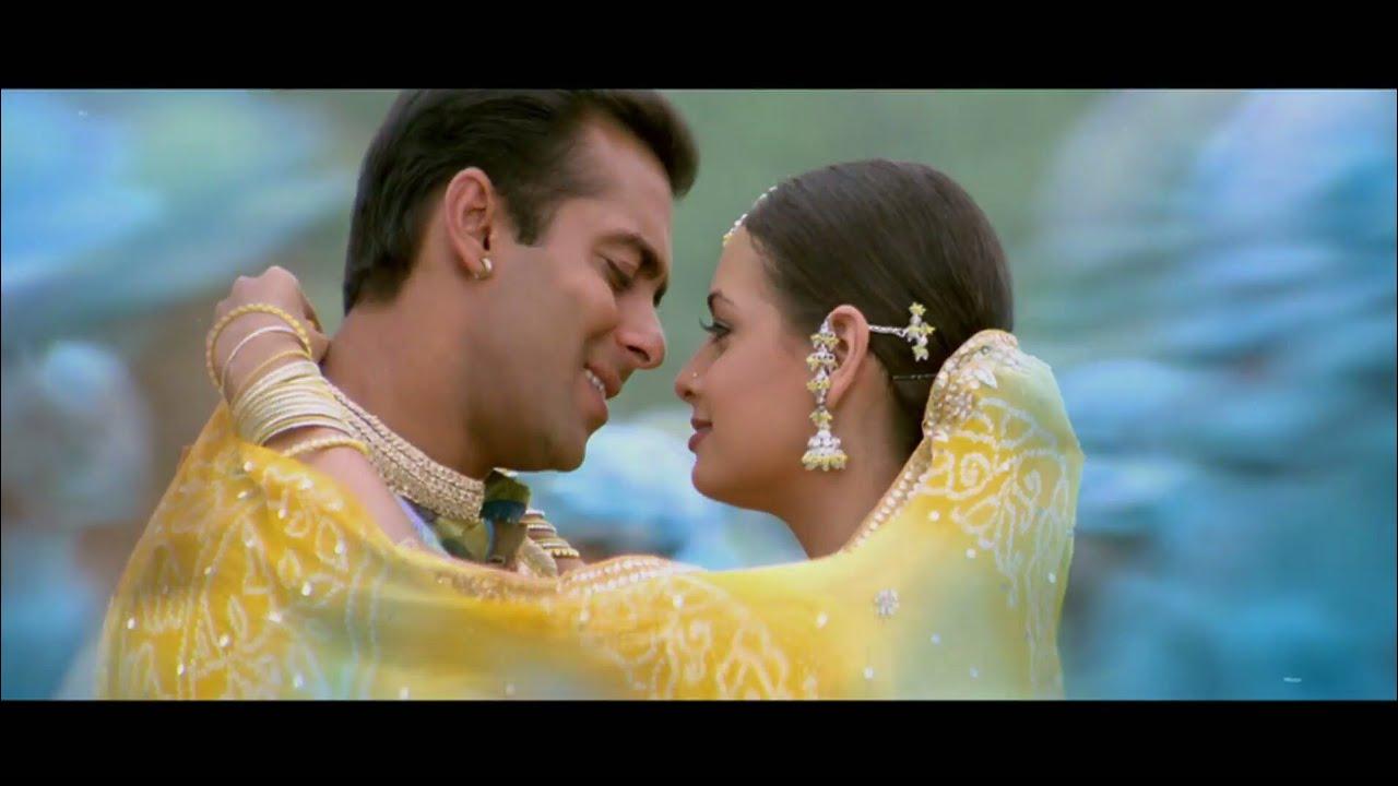 Bindiya Chamke Choodi Khanke Song Lyrics